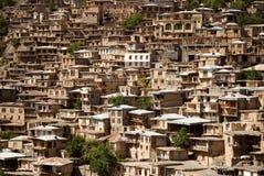 Kang, pueblo pintoresco en las montañas foto de archivo libre de regalías
