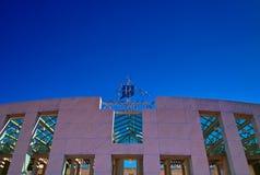 Kangourou sur la maison du Parlement de Canberra Images libres de droits
