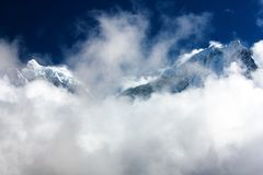 Kangtega and Thamserku - beautiful mounts above the Namche Bazar Royalty Free Stock Photos