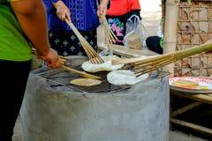 Kania krakersa przekąski słodki smak Tajlandia Gotujący piec na grillu, Zdjęcie Stock