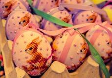kanin för easter ägg som syr konst Royaltyfri Fotografi