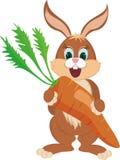 Kaninchen mit Karotte Lizenzfreie Stockfotografie