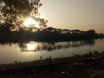 从Kanishail Kheoyaghat的锡尔赫特市苏尔马河 库存图片