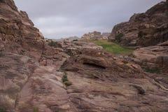 Kanjon till liten Petra Arkivfoto