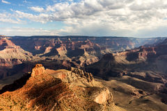 kanjonen clouds tusen dollar över Arkivfoto