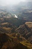 kanjonen colorado klipper den storslagna floden Arkivbild