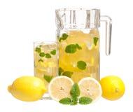 Lemonade med minten fotografering för bildbyråer