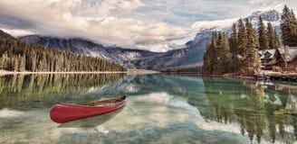 Kano in Emerald Lake Royalty-vrije Stock Foto