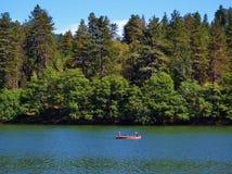 Kano op het meer Stock Foto's