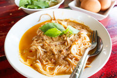 Kanom jeen namya (white noodles with fish curry sauce). Royalty Free Stock Photos
