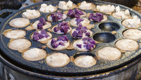 Kanom Krok, Sweet and savory grilled coconut-rice hotcakes. Asia Stock Photos