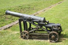 kanon artillerie gebiedsartillerie Oud wapen Royalty-vrije Stock Fotografie