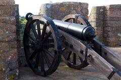 Kanon bij het Kasteel van Mont Orgueil in Gorey, Jersey, het UK Stock Afbeelding