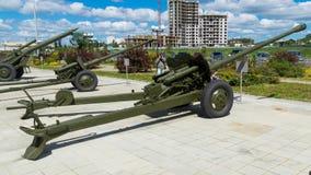 Kanon een houwitser een tentoongesteld voorwerp van een militair museum Stock Afbeeldingen