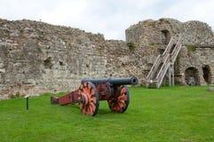 Kanon en kasteel Stock Fotografie