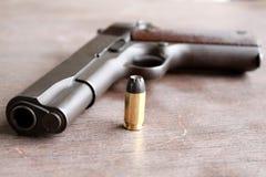 Kanon en kogel Stock Foto