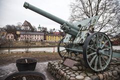 Kanon 105 mm wz. 29 het gedenkteken van Schneider stock afbeeldingen