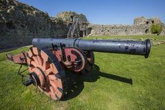Kanon på den Pevensey slotten i östliga Sussex fotografering för bildbyråer