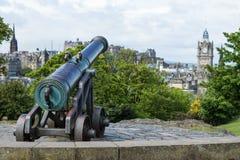 Kanon överst av den Claton kullen Arkivbild