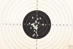 Kanondoel door kogels wordt geschoten die Royalty-vrije Stock Foto