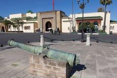 Kanone bei Royal Palace. Rabat stockfotografie