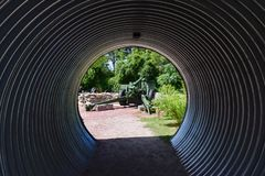 Kanonen-Tunnel am Patriot-Punkt stockbilder