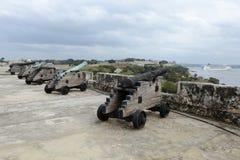 Kanonen von Festung EL Morro in Havana lizenzfreie stockfotografie