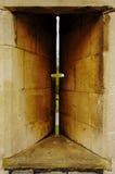 Kanonenweise der alten Architektur Stockbilder