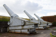 kanonnen Stock Afbeeldingen