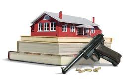Kanonnen in de gevarenslachting van de schoolcampus het ontspruiten Stock Afbeeldingen