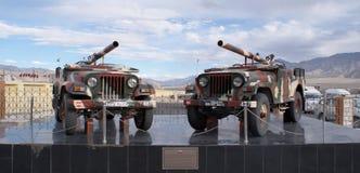 Kanonnen opgezette Jeeps de Zonder terugslag van 106 mm op vertoning in Hall of Fame, Leh Royalty-vrije Stock Afbeelding