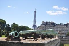 Kanonnen van Les Invalide Stock Foto's