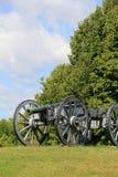 Kanonuppsättning för tungt artilleri i öppet fält Royaltyfri Fotografi