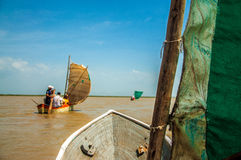 Kanoter på en lagun arkivfoto