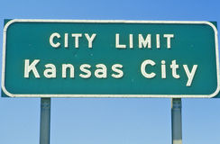 Kansas City city limit sign, MO Stock Photo
