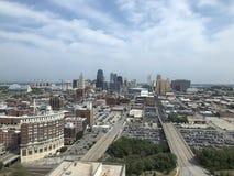 Kansas City, Missouri przegląd z Sprint obszarem wielkomiejskim i centrum Przegląd fotografia fotografia royalty free