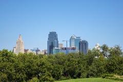 Kansas City Missouri USA i stadens centrum horisont Arkivfoton