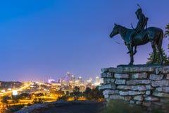 Kansas, Missouri, USA 09-15-17, schöne Kansas City-Skyline an Stockbilder