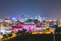Kansas, Missouri, USA 09-15-17, schöne Kansas City-Skyline an Stockbild