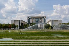 Kanslibyggnaden i Berlin-Mitte arkivbilder