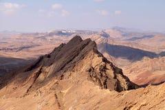 Kant för kraterRamon berg Royaltyfria Bilder