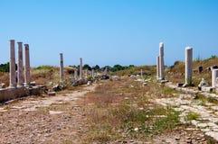 Kant van de de straat de oude stad van Agora, Turkije Stock Fotografie
