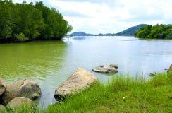 Kant 2 van de rivier Stock Foto