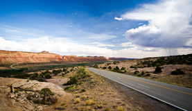Kant van de weglandschap in Utah dichtbij het Vier Hoekengebied. Royalty-vrije Stock Afbeelding