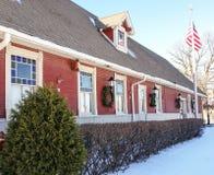 Kant van historisch station op zonnige de winterdag Royalty-vrije Stock Afbeeldingen