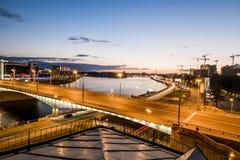 Kantemirovskybrug en Vyborgskaya-Kade in Heilige Petersburg royalty-vrije stock foto