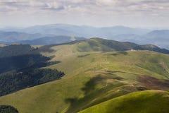 Kanten Borzhava, ukrainare Carpathians Arkivbilder