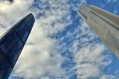KANTON, PORCELANOWY †OKOŁO STYCZEŃ 2017 ': Guangzhou bliźniacze wieże Obrazy Stock