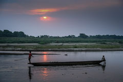 Kanu auf einem Fluss Stockfotografie