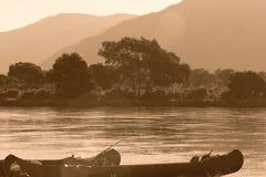 Kanu auf Zambezi Stockfotografie